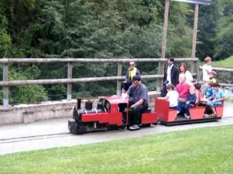 Petit Train  Parc Du Centre Thermal De Saint Gervais Les Bains.